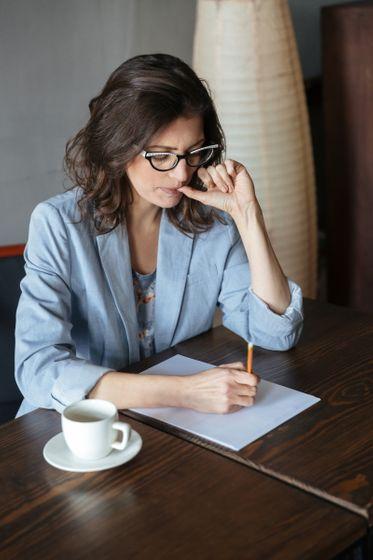Hơn 60% nhà văn cảm thấy những nhân vật của họ tự động nói chuyện được với nhau trong đầu, và đôi khi còn cãi lại cả tác giả - Ảnh 2.