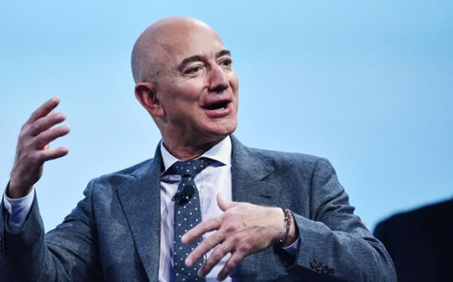 Jeff Bezos trước cơ hội thành tỷ phú nghìn tỷ USD đầu tiên trong lịch sử - Ảnh 1.