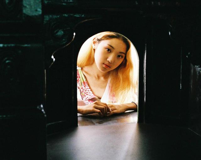 Bộ ảnh lột tả văn hóa cô đơn của người trẻ Hàn Quốc: Thế hệ từ bỏ mọi thứ và sẵn sàng sống độc thân chỉ cần là vui - Ảnh 12.