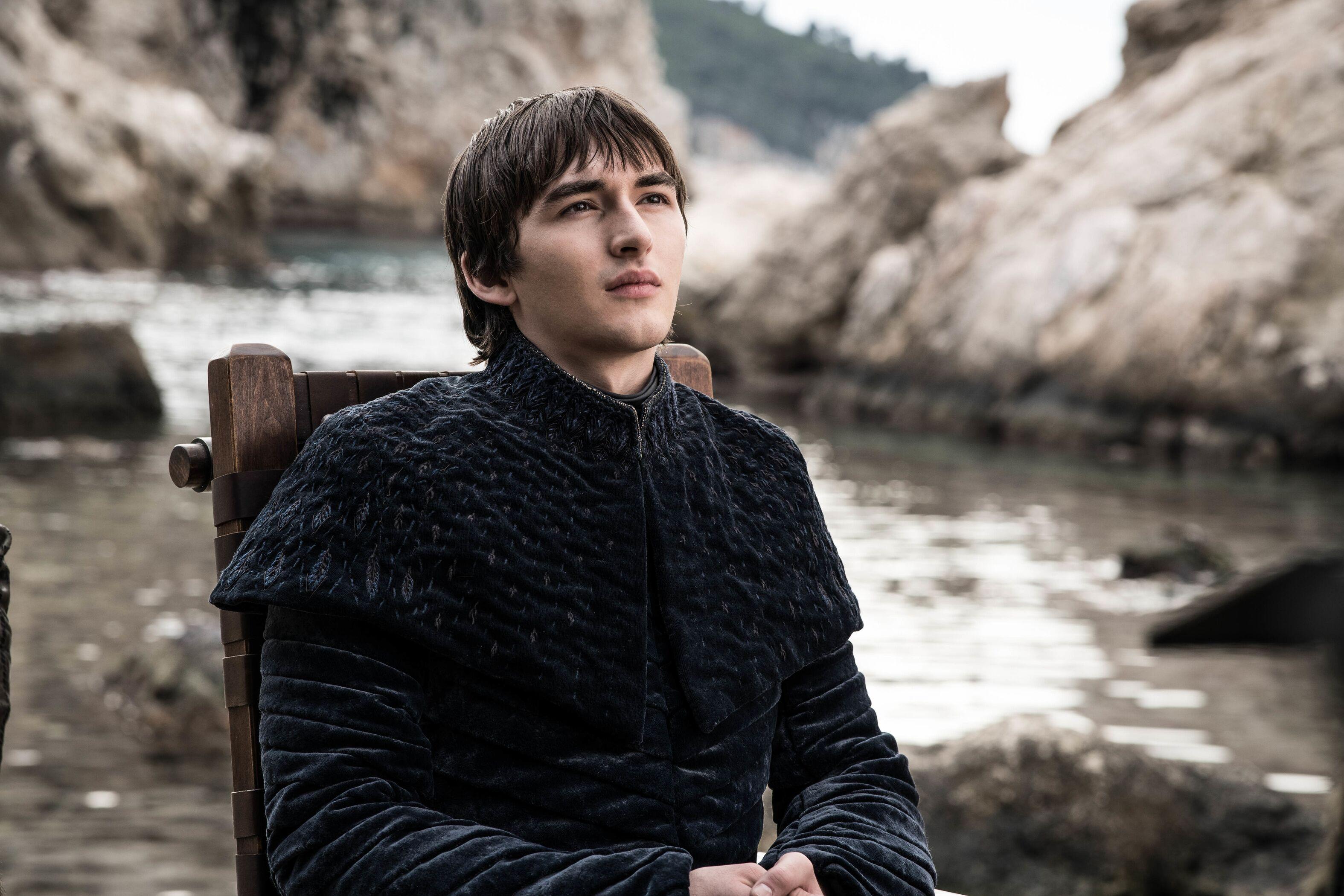 Nữ diễn viên Game of Thrones mắng fan hâm mộ là vô ơn vì đã ném đá mùa phim cuối - Ảnh 3.