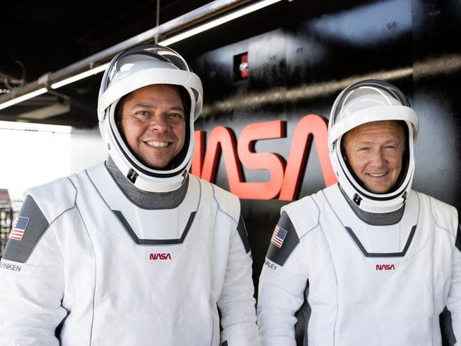 Elon Musk: Nếu nhiệm vụ đưa người lên vũ trụ thành công, đó là công lao của mọi người. Còn nếu thất bại, đó là lỗi của tôi! - Ảnh 2.