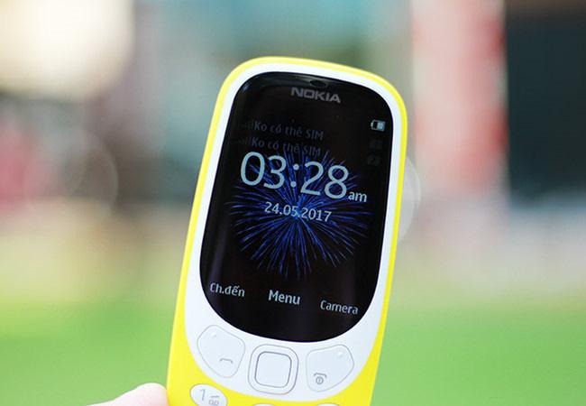 Điện thoại nồi đồng cối đá, pin trâu 30 ngày của Nokia có giá chưa đến 1 triệu đồng - Ảnh 1.