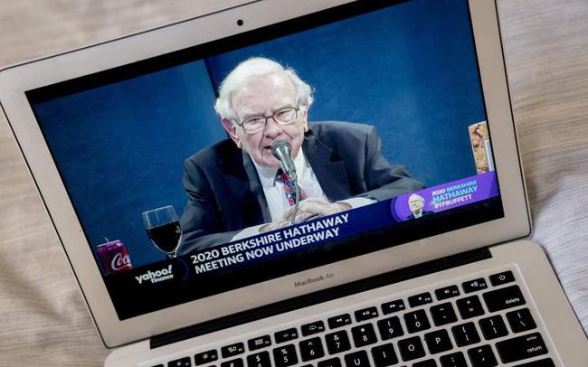 Warren Buffett chia sẻ lý do không xuống tiền khi thị trường sợ hãi: Cuộc khủng hoảng lần này rất khác! - Ảnh 1.