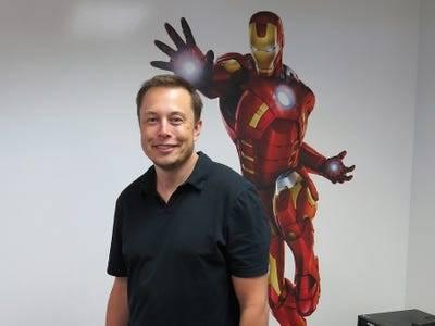 Nếu CEO Tim Cook là bậc thầy kinh doanh, thì CEO Elon Musk là bậc thầy về quảng cáo, mặc dù chưa từng chi dù chỉ 1 xu cho quảng cáo - Ảnh 8.