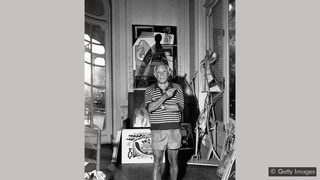 Thứ vứt đi này lại chính là cội nguồn cảm hứng sáng tạo vô biên của đại danh họa Picasso, được ông quý đến nỗi không nỡ buông phút nào - Ảnh 1.