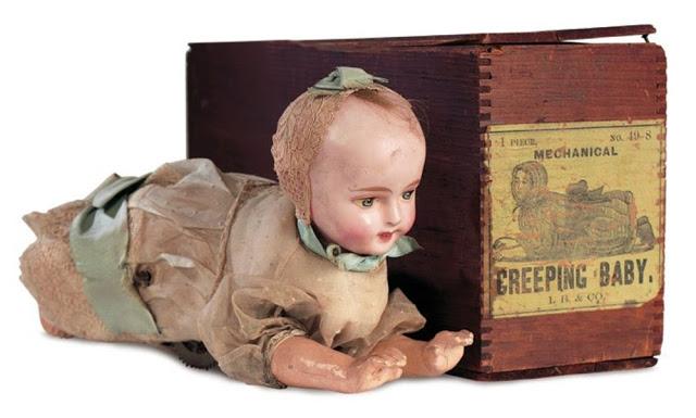 Búp bê của hơn 100 năm về trước: Ai mà ngờ món đồ chơi đáng yêu dành cho trẻ em từng có hình dạng kinh dị gây mất ngủ - Ảnh 5.