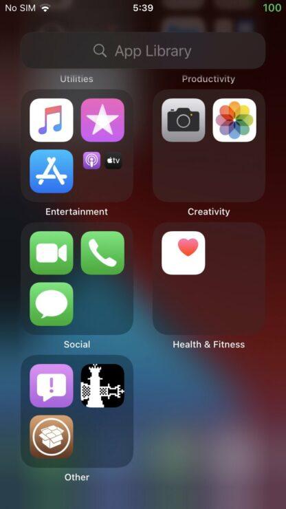 iOS 14 vừa mới ra mắt đã bị bẻ khóa - Ảnh 1.