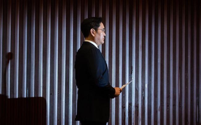 Cúi đầu xin lỗi công khai, thề không truyền ngôi cho con: Những điều chưa từng làm của thái từ Lee nhằm nỗ lực kiến tạo Samsung mới - Ảnh 1.