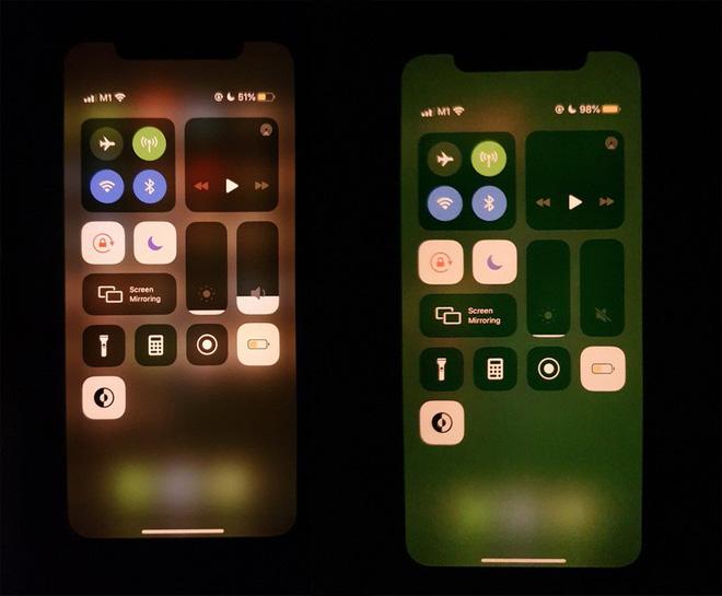 Màn hình iPhone 11 tự hiển thị màu xanh kỳ lạ.