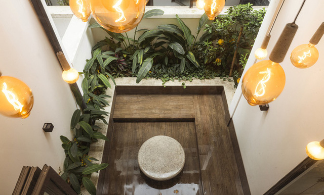 Nét truyền thống trong căn nhà hiện đại của Việt Nam vừa xuất hiện trên báo Mỹ - Ảnh 2.