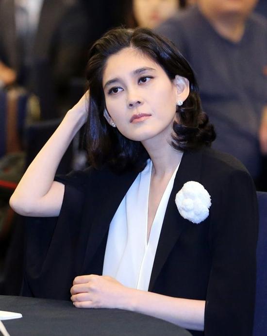 Cuộc đời sóng gió của 'công chúa Samsung', nữ tỷ phú giàu nhất Hàn Quốc: Bên ngoài hào nhoáng, bên trong đầy bi kịch - Ảnh 4.