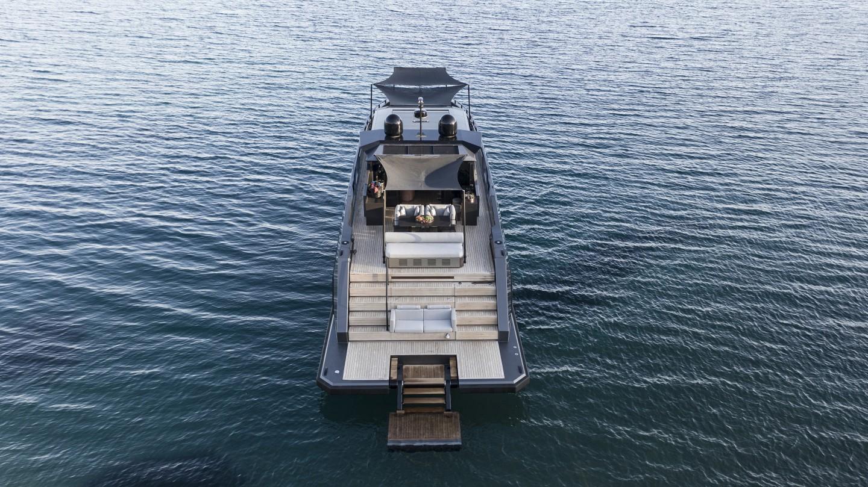 Du thuyền siêu sang làm bằng carbon tổng hợp và kính chống đạn - Ảnh 8.