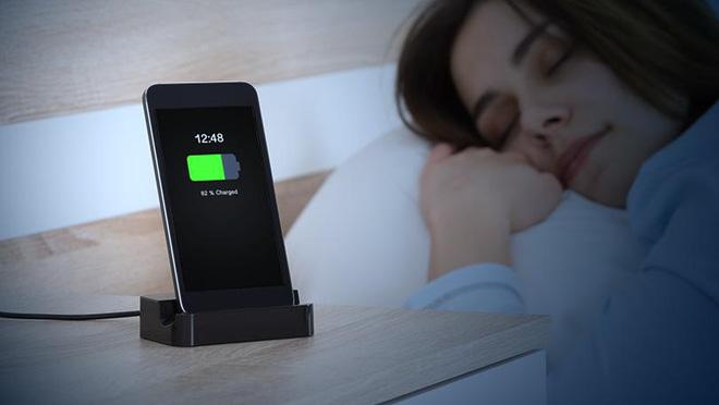 Cứ tưởng hay nhưng hoá ra những thói quen này lại đang bóp nghẹt pin iPhone của bạn! - Ảnh 5.