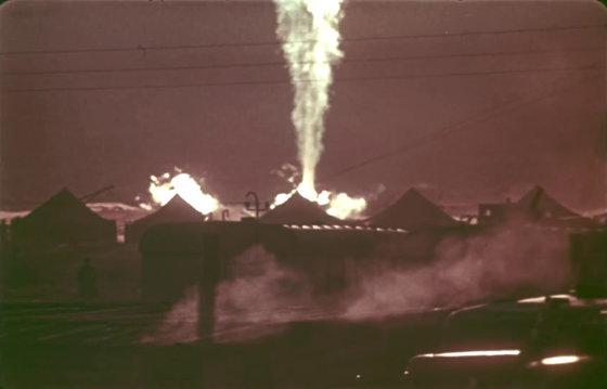 Một quả bom hạt nhân đã được dùng để xử lý đám cháy không thể dập tắt như thế nào? - Ảnh 1.