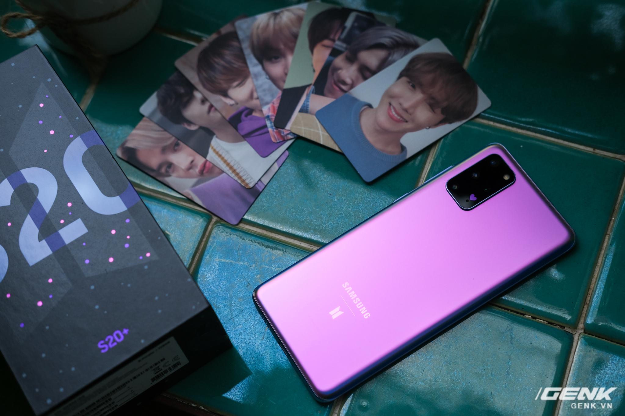 Mở hộp Galaxy S20+ phiên bản BTS: Màu tím hồng dễ thương, nhiều quà kèm theo dành riêng cho các fan A.R.M.Y - Ảnh 9.