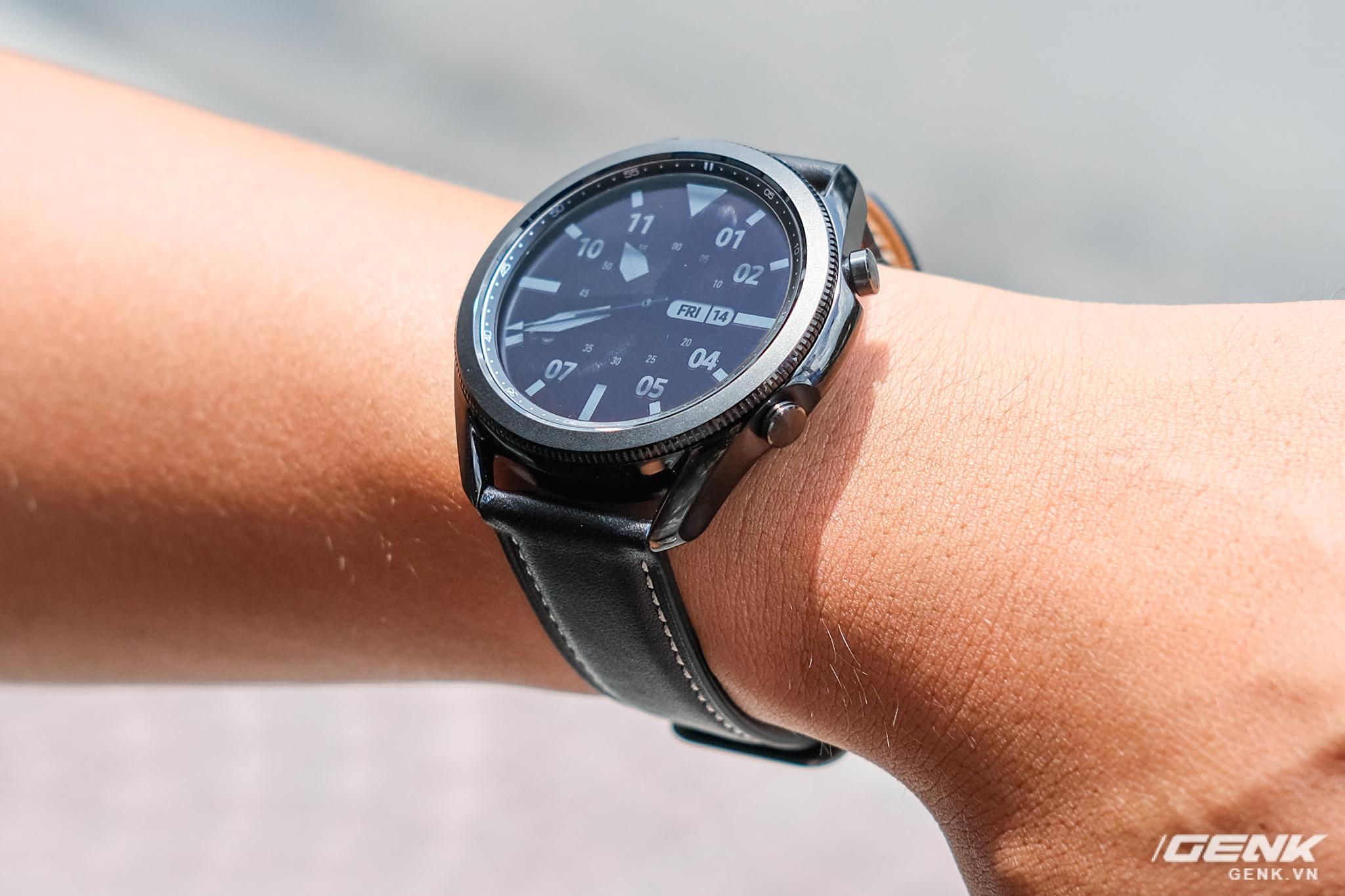 Mở hộp Galaxy Watch3 mặt 45mm: Thiết kế thanh lịch hơn, trang bị khả năng đo nồng độ oxy trong máu, có hơn 120 bài tập tại nhà, bản GPS giá từ 9,99 triệu đồng - Ảnh 11.
