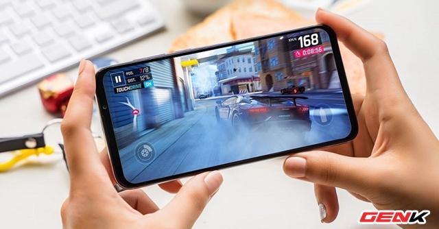 Làm gì để giảm nóng và giật lag cho điện thoại mỗi khi chơi game?