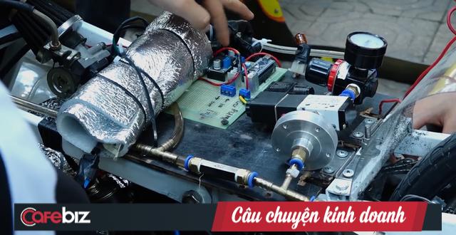 Sinh viên Bách Khoa chế tạo xe siêu tiết kiệm xăng, đi 400km chỉ tốn 1 lít - Ảnh 1.