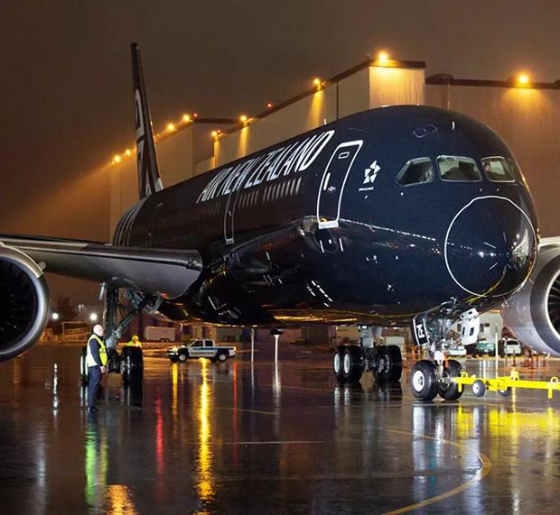 Những lý do nào khiến việc sơn một chiếc máy bay cũng có thể tốn đến 7 tỉ đồng và mất nửa tháng mới hoàn thành xong được? - Ảnh 5.
