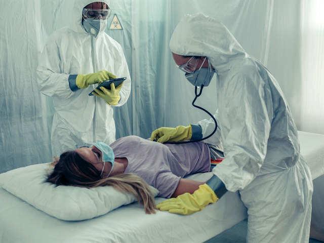 Liên tục ghi nhận các ca COVID-19 tái nhiễm: Chuyên gia không bất ngờ, khuyên người dân không nên hoảng sợ - Ảnh 1.