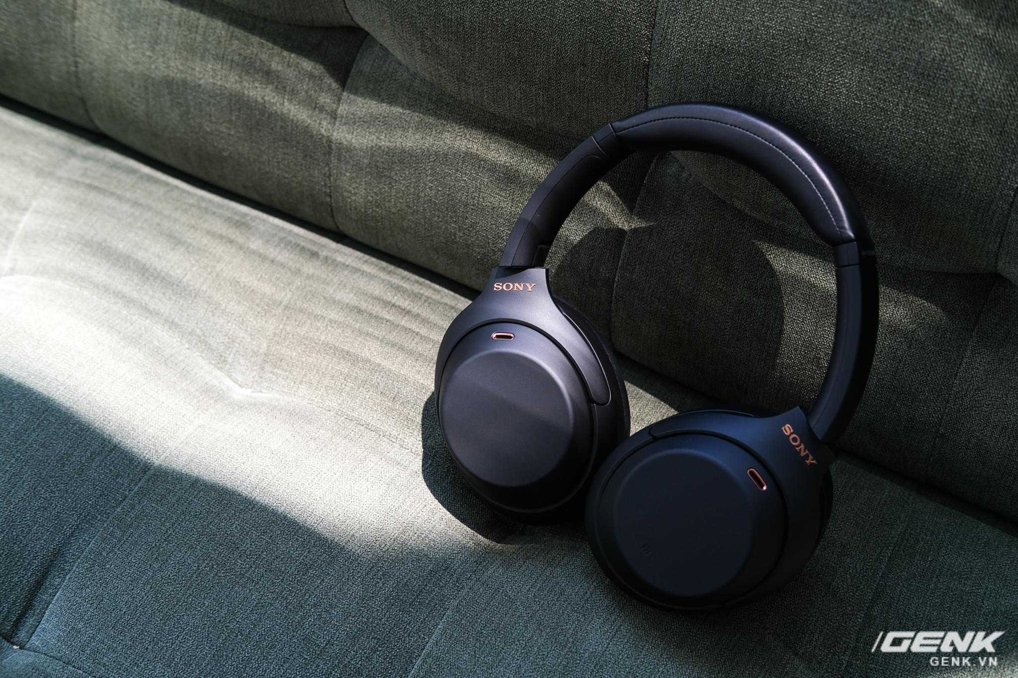Trên tay tai nghe Sony WH-1000XM4: Ngoại hình không thay đổi, kết nối 1 lúc 2 thiết bị, nâng cấp chống ồn, giá 8,49 triệu đồng - Ảnh 13.