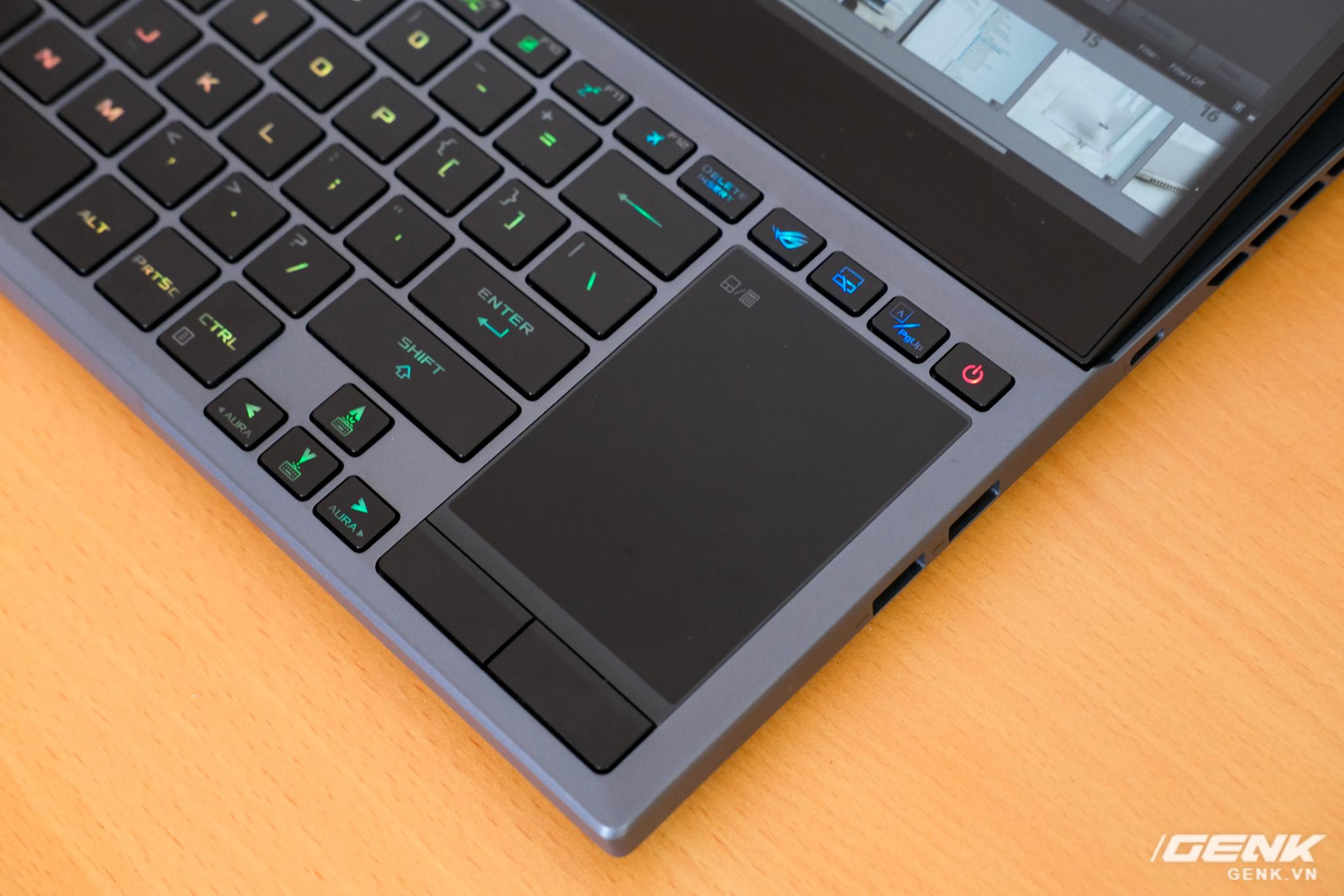 Cận cảnh laptop hai màn hình ROG Zephyrus Duo 15: Không gian hiển thị 2 x 4K đã mắt, cấu hình khủng long, chơi game đã hơn, giá cũng hoảng hơn - Ảnh 7.