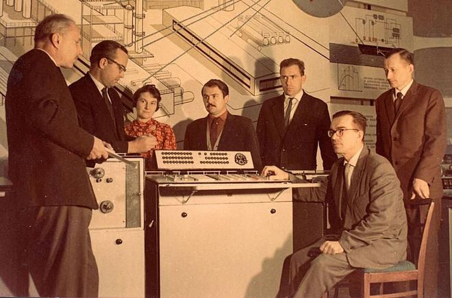 Liên Xô từng suýt phát minh ra mạng Internet như thế nào? - Ảnh 6.