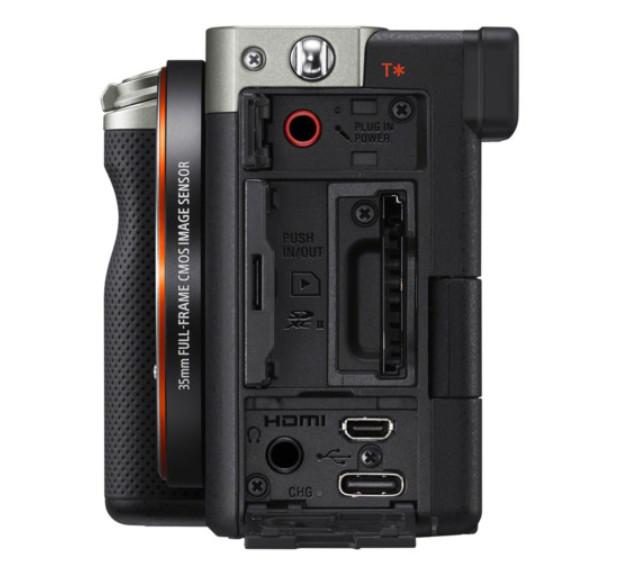 Sony trình làng A7C: Máy ảnh mirrorless full-frame nhỏ gọn nhất thế giới, cảm biến BSI CMOS 24MP, chống rung body 5 trục, quay 4K 30fps, nặng hơn chỉ 1% so với a6600 APS-C - Ảnh 5.
