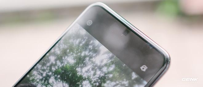 Không phải chất lượng ảnh chụp, đây mới là vấn đề lớn nhất cản trở thành công của smartphone có camera dưới màn - Ảnh 2.