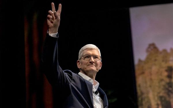 Apple ra mắt Apple Watch và iPad mới khi phần lớn nhân viên làm việc từ xa - Ảnh 1.