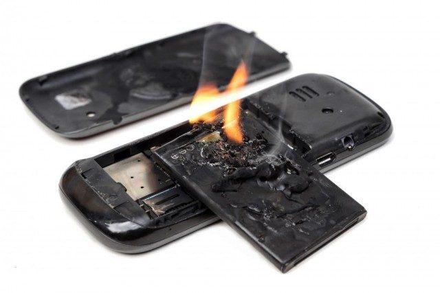 Xử lý cực nhanh khi phát hiện điện thoại bị phồng pin - Ảnh 5.