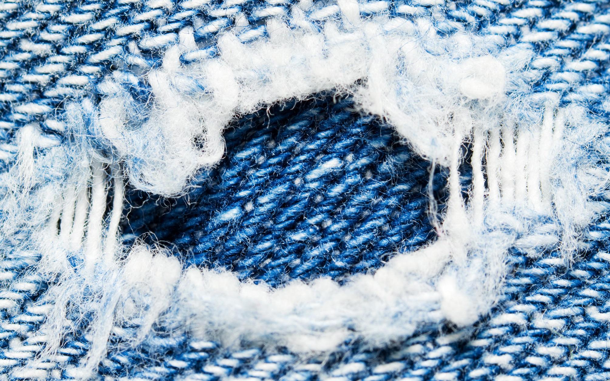 Mỗi lần giặt quần jean bạn đang thải vào môi trường 56.000 vi sợi vải, và chúng có thể trôi tới tận Bắc Cực