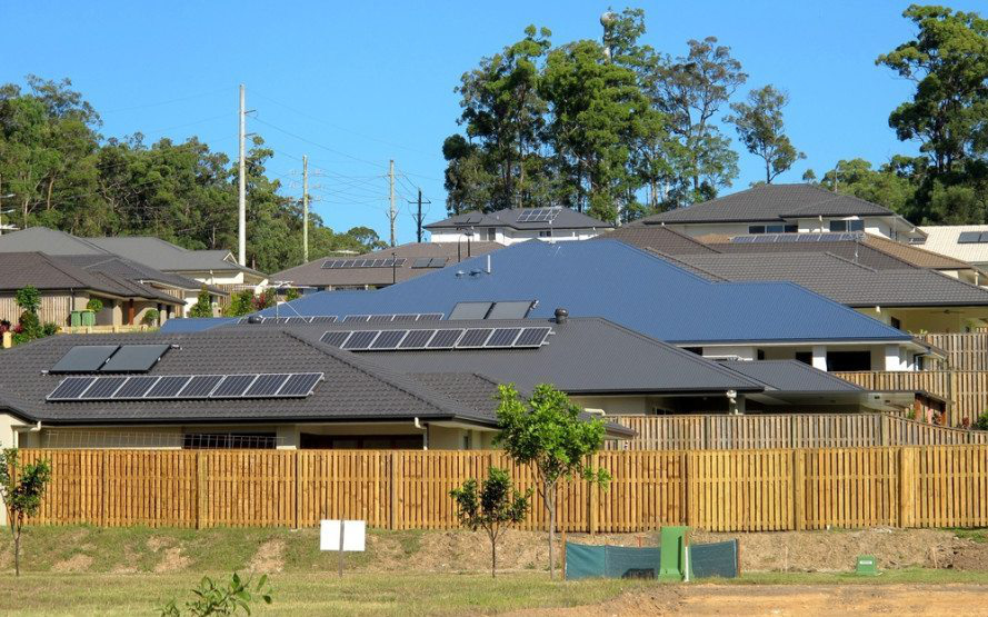"""Tesla thực hiện giai đoạn 3 của dự án """"nhà máy năng lượng ảo"""" tại Úc, lắp điện miễn phí pin Mặt Trời và pin lưu trữ năng lượng cho thêm 4.000 hộ dân"""