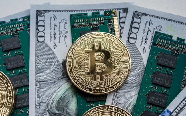 Tiến sát mốc 42.000 USD, động lực chính đằng sau đà tăng bùng nổ của Bitcoin cùng các đồng tiền số khác là gì? - Ảnh 2.