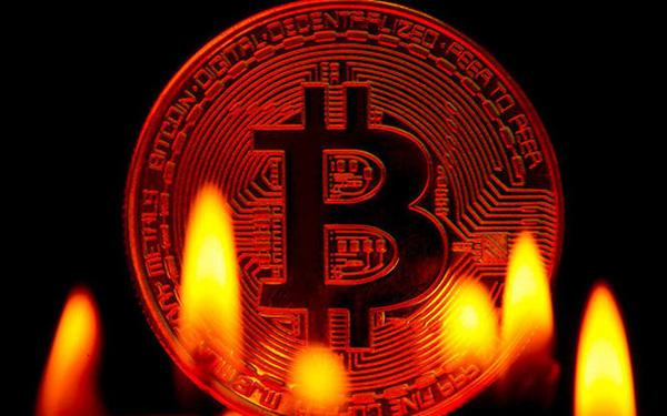 Bitcoin đột ngột lao dốc, vốn hóa bốc hơi 150 tỷ USD trong 24 tiếng - Ảnh 1.