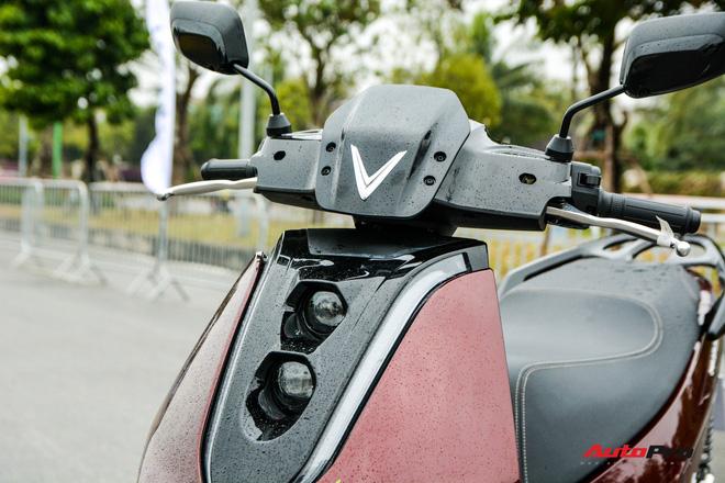 Ra mắt VinFast Theon: Xe máy điện to như Honda SH, có ABS 2 kênh và nhiều công nghệ 'xịn xò' khác - Ảnh 2.