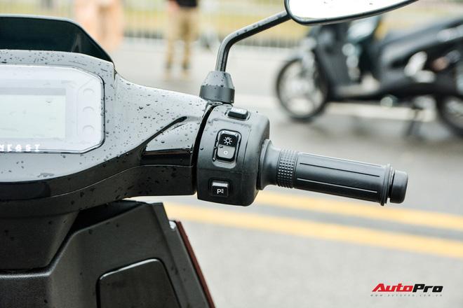 Ra mắt VinFast Theon: Xe máy điện to như Honda SH, có ABS 2 kênh và nhiều công nghệ 'xịn xò' khác - Ảnh 11.