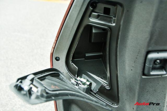 Ra mắt VinFast Theon: Xe máy điện to như Honda SH, có ABS 2 kênh và nhiều công nghệ 'xịn xò' khác - Ảnh 13.