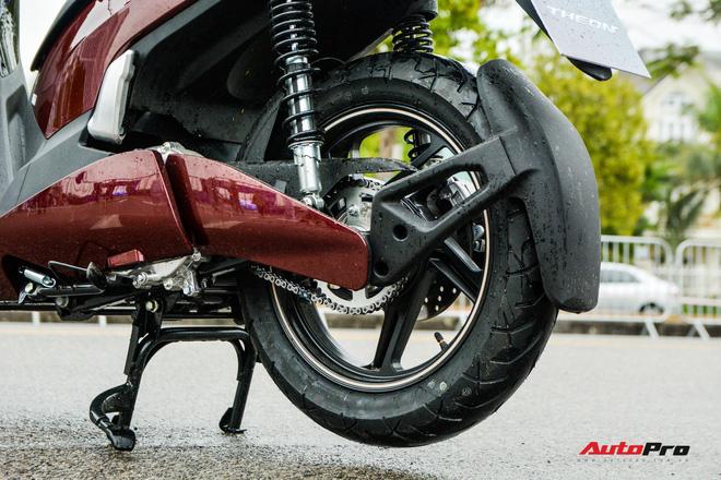 Ra mắt VinFast Theon: Xe máy điện to như Honda SH, có ABS 2 kênh và nhiều công nghệ 'xịn xò' khác - Ảnh 6.