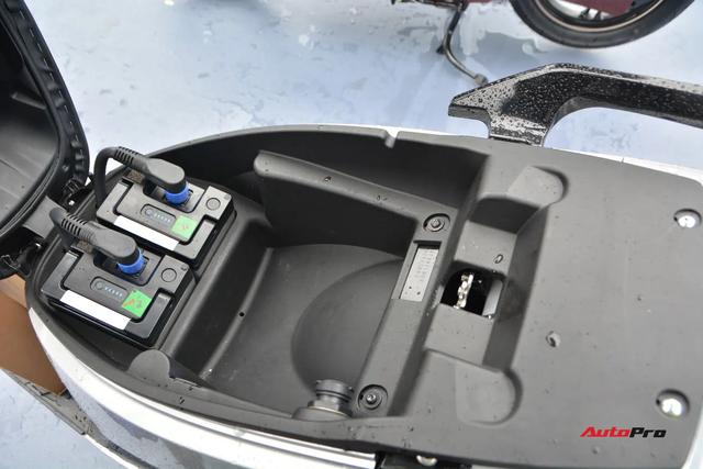 Ra mắt VinFast Theon: Xe máy điện to như Honda SH, có ABS 2 kênh và nhiều công nghệ 'xịn xò' khác - Ảnh 7.