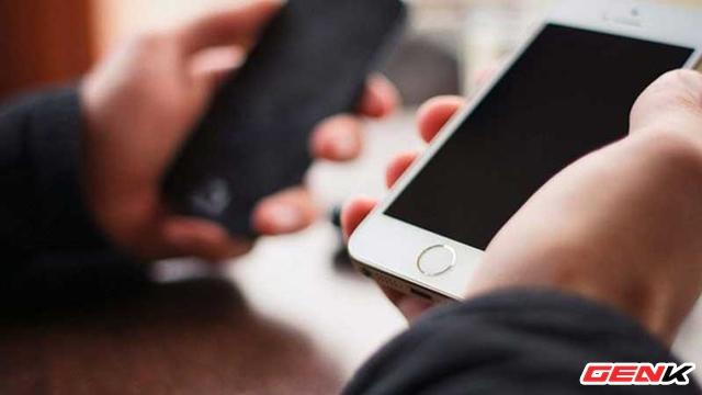 Cách chia sẻ mật khẩu Wi-Fi mà không cần trải qua bước nhập mật khẩu trên iPhone - Ảnh 1.