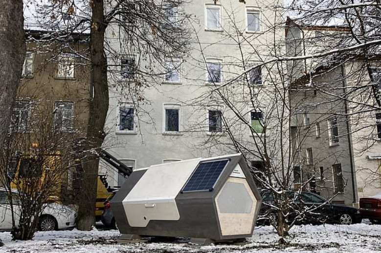 """Thành phố Đức thử nghiệm phòng ngủ """"kén tằm""""giúp người vô gia cư vượt qua mùa đông khắc nghiệt - Ảnh 6."""