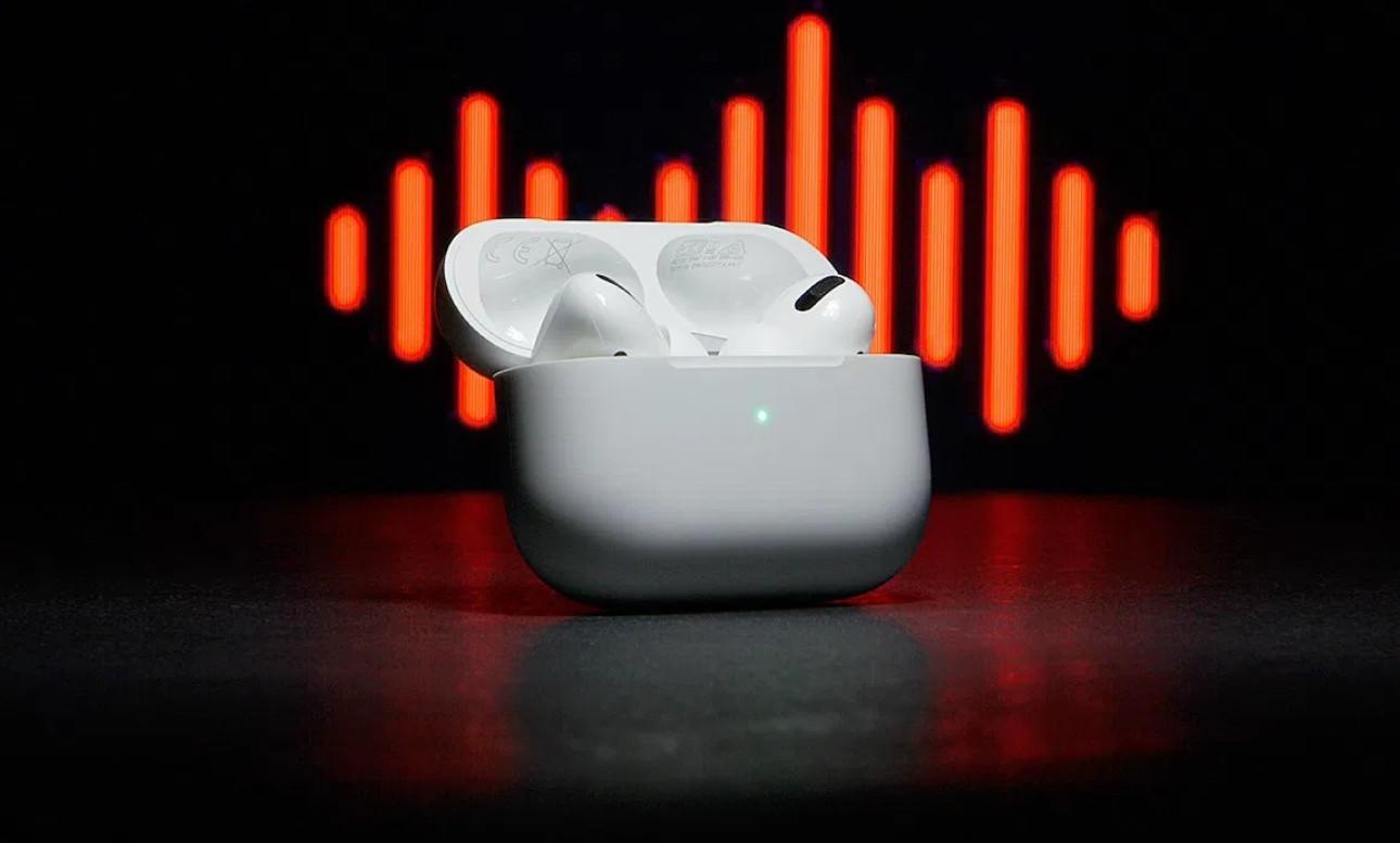 Mặc dù không còn là sản phẩm nổi bật nhưng Apple AirPods vẫn tiếp tục thống trị thị trường tai nghe không dây vào 2020. - Ảnh 1.