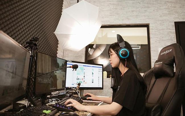 Ai là youtuber kiếm tiền nhiều nhất ở Việt Nam - Ảnh 1.