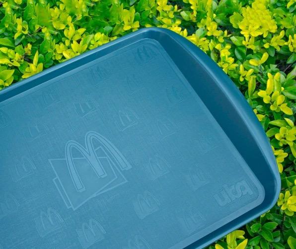 McDonald giới thiệu khay làm từ thức ăn thừa - Ảnh 4.