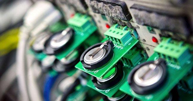 Chế tạo thành công pin không khí kẽm có thể sạc lại, mở ra tương lai thay thế pin lithium - Ảnh 3.
