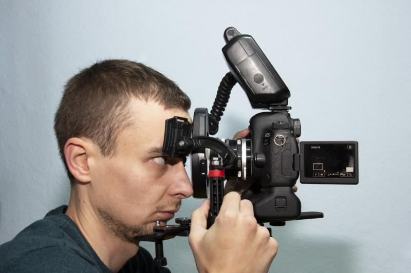 Quên ảnh selfie chụp mặt thông thường đi, đây là cách bạn tự chụp con mắt của mình - Ảnh 5.