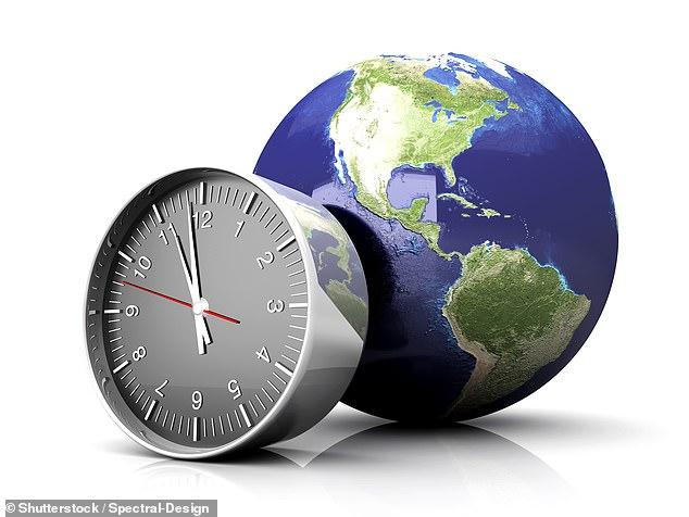 Trái đất đang quay với tốc độ nhanh nhất trong vòng 50 năm trở lại đây, một ngày đang trở nên ngắn hơn và khiến các nhà khoa học đau đầu - Ảnh 3.