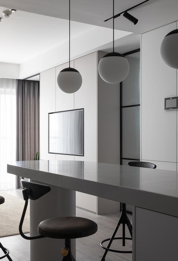 Đập hết làm mới, chàng kỹ sư IT có căn hộ 85m2 đỉnh cao của phong cách tối giản - Ảnh 7.
