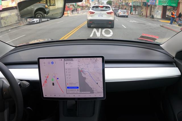 Xem chiếc Tesla Model 3 tự đi hết 600km, từ San Francisco đến Los Angeles mà hầu như không cần tài xế can thiệp - Ảnh 1.
